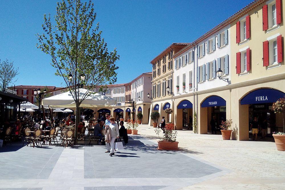 Provence Designer OutletMiramas | Francia
